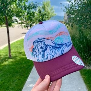 NWT Patagonia Discontinued Women's Hat